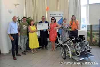 Wafels en gulle sponsors helpen wzc Onze Lieve Vrouw aan elektrische rolstoelfiets - Het Nieuwsblad
