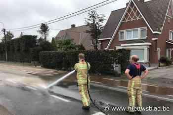 Rijksweg Sint-Henricus twee uren dicht door dik modderspoor