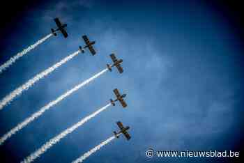 Hechtels luchtruim opnieuw gevuld met kunst- en vliegwerk op eerste vliegshow Benelux