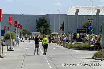 Ikea in Wilrijk ontruimd na dreigbericht - Het Nieuwsblad