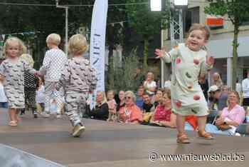 Schoten Geniet!: lokale modellen op catwalk en streekgerechten in culinair dorp - Het Nieuwsblad