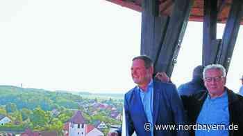 Aufwendige Renovierung: Cadolzburgs Bleistift ist für eine halbe Million neu gespitzt - Nordbayern.de