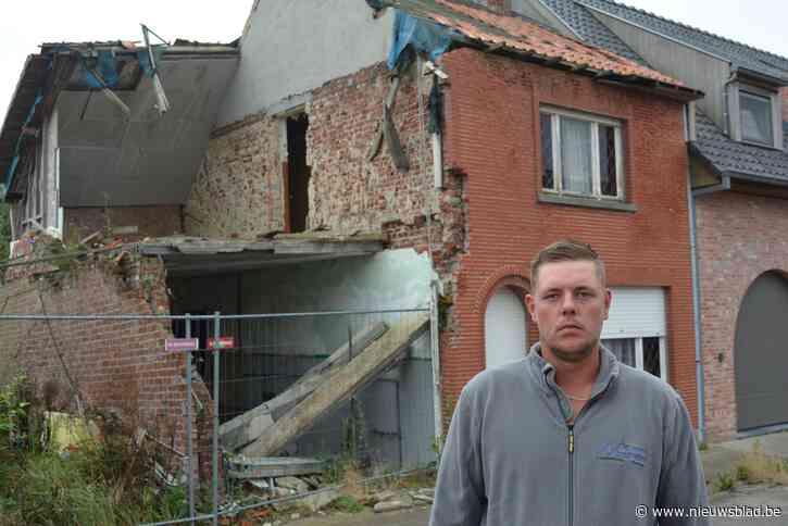 """'Dom foutje' van buren resulteert in vijf jaar lange lijdensweg voor Anthony (30): """"Ik heb mijn huis deels moeten slopen"""""""