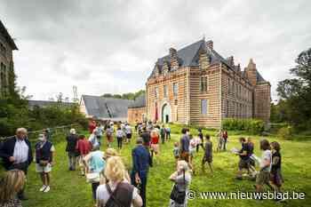 Ruim 2.000 bezoekers kijken binnen in Kasteel van Heers - Het Nieuwsblad