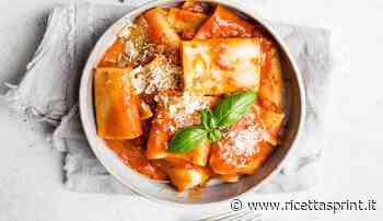 Paccheri con crema di peperoni arrabbiati | piccante e avvolgente - RicettaSprint