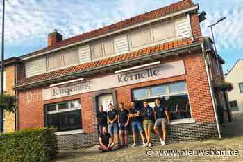 """Vintage Kernelle is succes: """"We hopen dat jeugd smaak nu te pakken gekregen heeft"""" - Het Nieuwsblad"""
