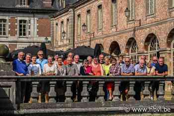 Landelijke Gilde Mielen-Boven-Aalst trekt naar Doornik - Het Belang van Limburg