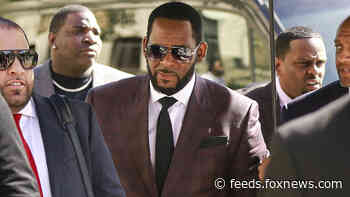 R. Kelly trial: Prosecutors request to play tape of singer allegedly threatening his victims