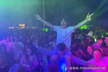 Duizenden festivalgangers genieten van vernieuwde en vergrote versie van Frietrock - Het Nieuwsblad
