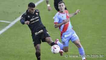 Arsenal y Colón aburrieron en Sarandí con 90 minutos plagados de errores - Télam