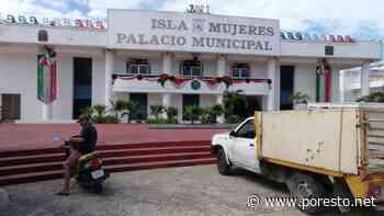 Encargado de la Presidencia Municipal de Isla Mujeres presenta informe a puerta cerrada - PorEsto