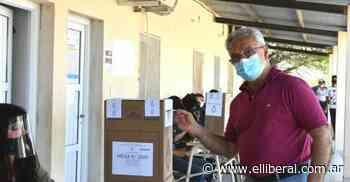 Tras emitir su voto, el intendente de Añatuya resaltó la participación ciudadana - El Liberal Digital