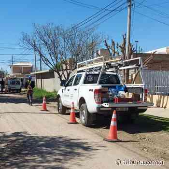 Comenzaron los trabajos de fibra óptica en barrio Parque Monte Grande - Tribuna