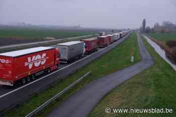 Vrachtwagens gaan in Nederland waarschijnlijk vanaf 2026 betalen per kilometer