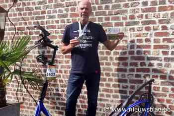 """Loopfietser Geert (53) doet ruim 13 uur over parcours van legendarische Ardennenklassieker: """"Harder afgezien dan tijdens mijn wereldrecord"""" - Het Nieuwsblad"""