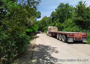 Bloquean tramo Huejutla-San Felipe; acusan incumplimiento de alcalde - La Silla Rota