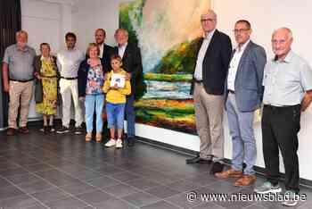 Marc De Geeter schenkt kunstwerk aan Sociaal Huis - Het Nieuwsblad