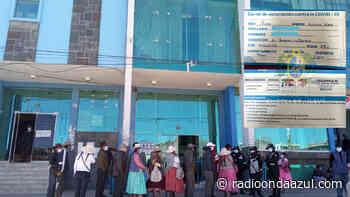 Ilave: Trabajadores y usuarios deben portar carnet de vacunación para ingresar a municipio - Radio Onda Azul