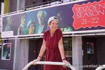 """Dierenarts op rust Anne (72) speelt hoofdrol in nieuw stuk van NTGent: """"Thuis luister ik naar huilende wolven"""" - Het Nieuwsblad"""