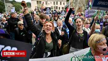 Is the Scottish Parliament really banning protests?