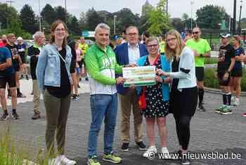 Jogging & Marathon Team Mol steunt Den Brand - Het Nieuwsblad