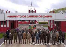 Doutrina Militar - Adidos Militares de vários países visitam Santa Maria - defesanet