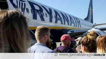 Ryanair retoma ligação do Porto à terra da Michelin a 19,99 euros - Jornal de Negócios