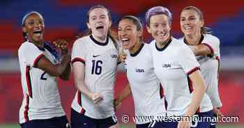 US Women's Soccer Team Denounces Deal That Offered Them the Exact Same Contract as the Men