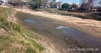Carlos Paz: preocupa la bajante el río San Antonio y el lago San Roque - La Voz del Interior