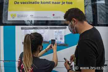 VUB opent vaccinatiecentrum op campus in Etterbeek - BRUZZ