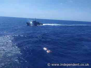 Shipwrecked mother saves children by breastfeeding them but dies of dehydration
