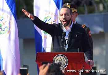 El Salvador.- Miles de salvadoreños toman las calles de San Salvador para protestar contra el Gobierno de Bukele - www.notimerica.com