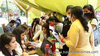 1,272 youth get jobs at mega fair in Ludhiana - Hindustan Times