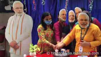School teachers celebrate PM Modi's birthday in Siliguri