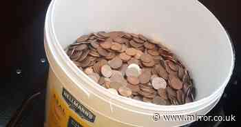 Bar worker stunned after being paid final wage in coins weighing nearly 30kg