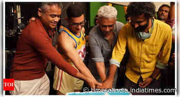 BTS pic from sets of 'Laal Singh Chaddha'