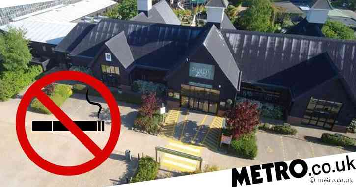 Zoo bans people from smoking or vaping inside attraction