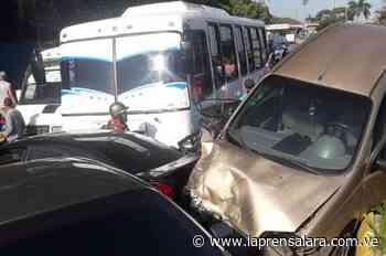 Seis heridos en accidente múltiple en el estado La Guaira - La Prensa de Lara