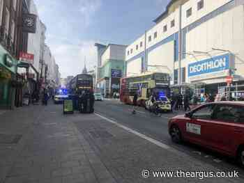 Armed police spotted in central Brighton street