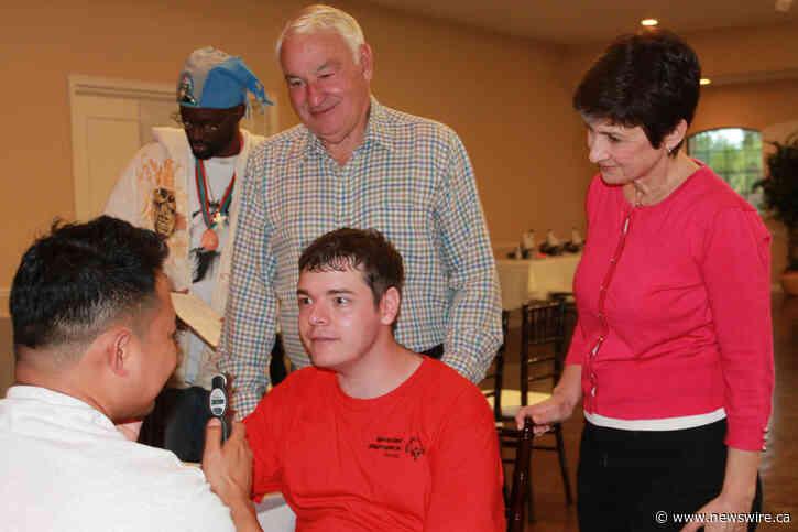 Don de 30 millions de dollars Tom Golisano à Special Olympics pour l'extension dans le monde entier des services de santé essentiels pour les personnes ayant une déficience intellectuelle