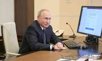 Russian opposition activists claim Putin is vote-rigging parliamentary elections