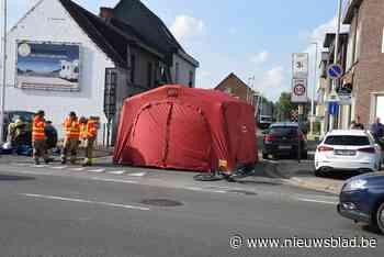 """Fietser (79) overlijdt na dodehoekongeval: """"Niet het eerste zware ongeval op dit kruispunt""""<BR />"""