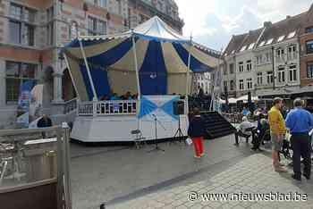 Fanfareorkesten palmen Grote Markt in (Halle) - Het Nieuwsblad