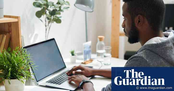 Online-only learning not worth £9K tuition, OECD warns UK universities