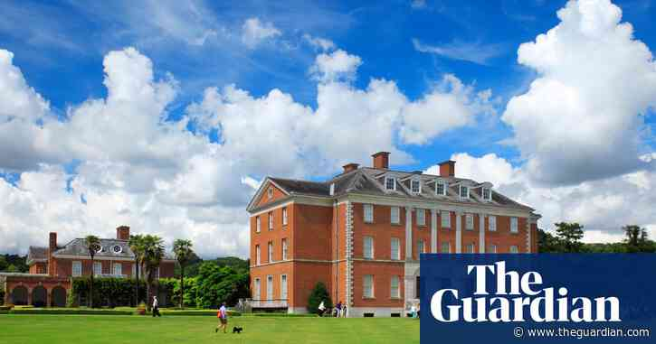 Afghanistan: former Chevening scholars accuse UK of abandoning them