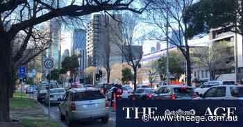 Travel into Melbourne blocked as police prepare for anti-lockdown protesters