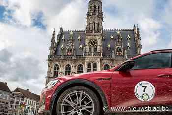 Elektrische en waterstofwagens rijden door Vlaamse Ardennen tijdens Green Tour, ook nog expo op Grote Markt