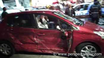 Fuerte choque sin heridos en Bernal Oeste - Perspectiva Sur