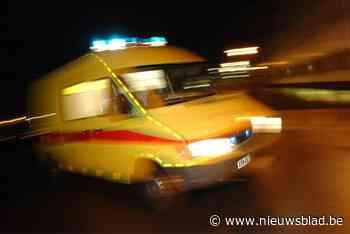 Bestuurder (51) in levensgevaar na botsing met vrachtwagen in Lokeren