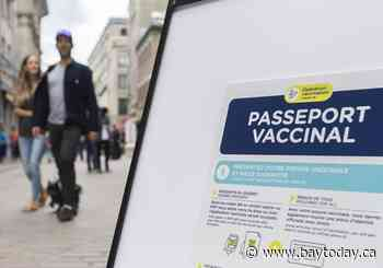 Majority of Quebecers support mandatory health-care worker vaccination: Leger poll